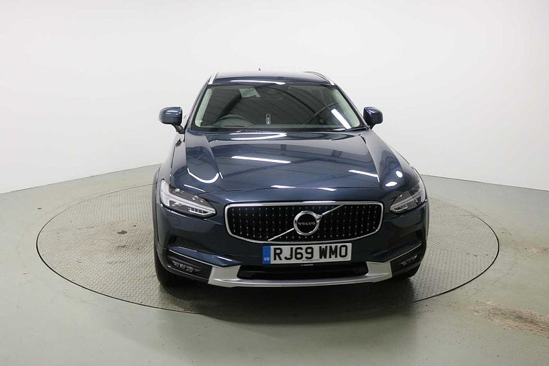 Volvo V90CC D4 AWD Cross Country Plus Automatic